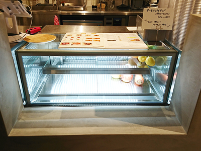冷蔵ショーケース|業務用冷蔵ショーケースの製造販売,及川工業